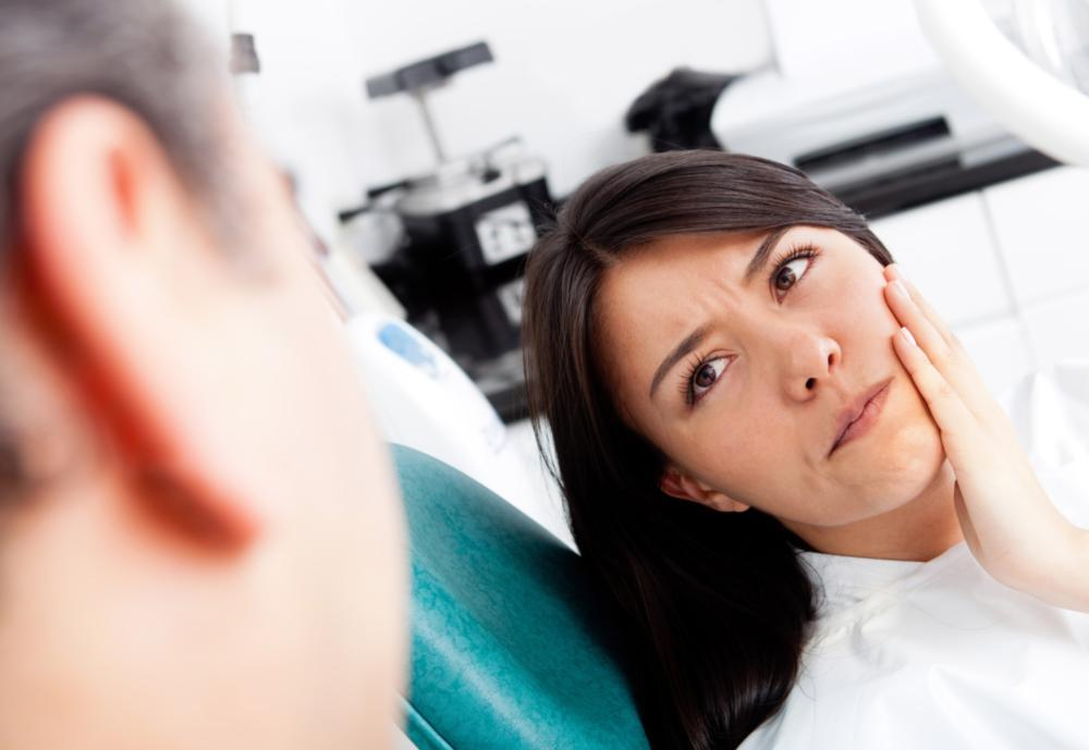 Patient in pain | Sensitive Dental Fillings