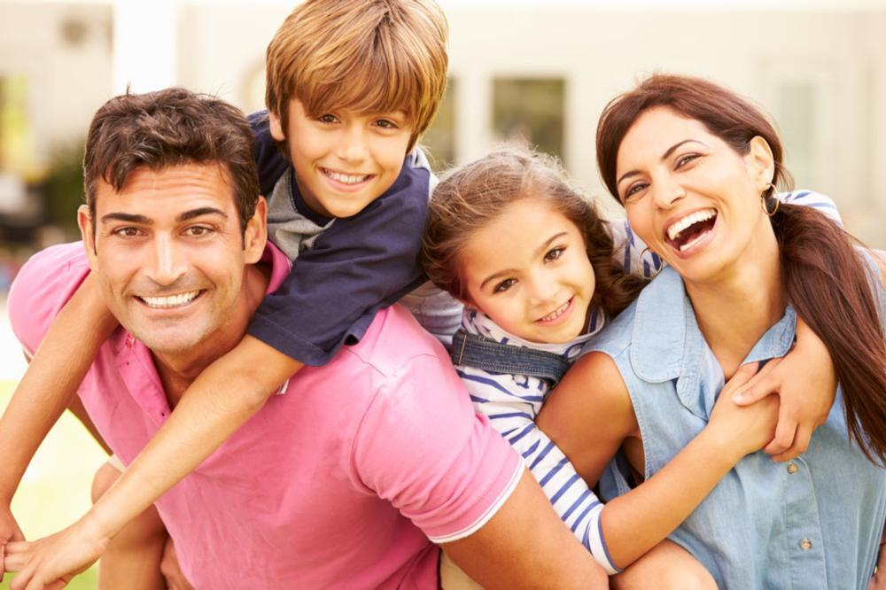Happy family | Dentist Alpharetta GA